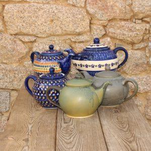 Teekannen und Stövchen